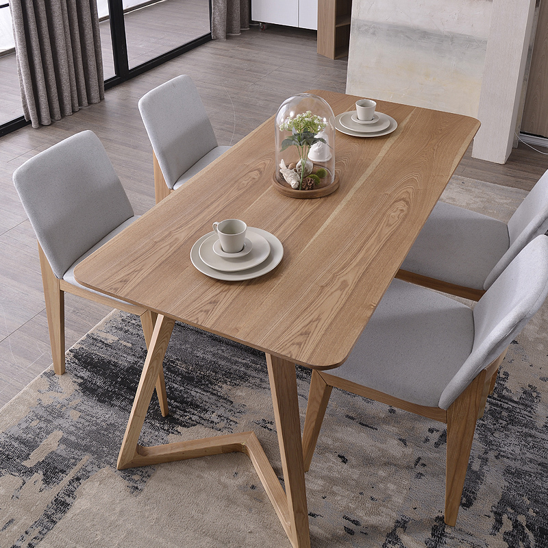 Nordic wood tables 6 person dinette table and four chairs for Table ronde ikea