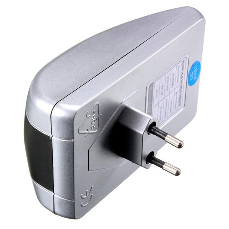 Hot Sale High Quality Power Energy Electricity Saving Box Saver Plug Device Voltage 15KW 90V-250V Energy Saver EU Plug 90V-240V(China (Mainland))