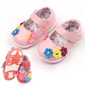 Горячая 2017 девочка в обуви малыша обувь мода детская обувь мягкое дно привлекательный цветы кожаной обуви Размеры 10.5-12.5 см