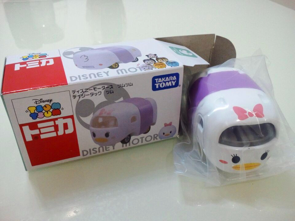 Tomica Q version Innocent ducklings alloy car toys kid's toys Disnep motor Japanese anime character(China (Mainland))
