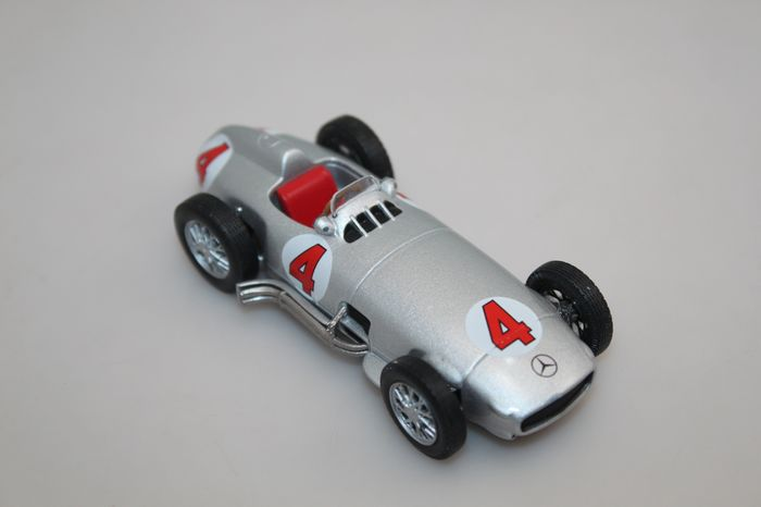 IXO 1:43 Mercedes Benz W196 #4 Silver(China (Mainland))