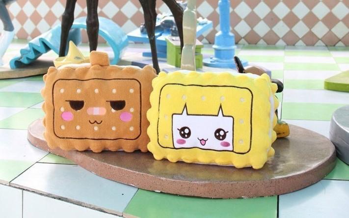 Hot Sale Supply Warm Pillow Multifunctional Pillow Xiaohe USB Warm Pillow FASHION(China (Mainland))
