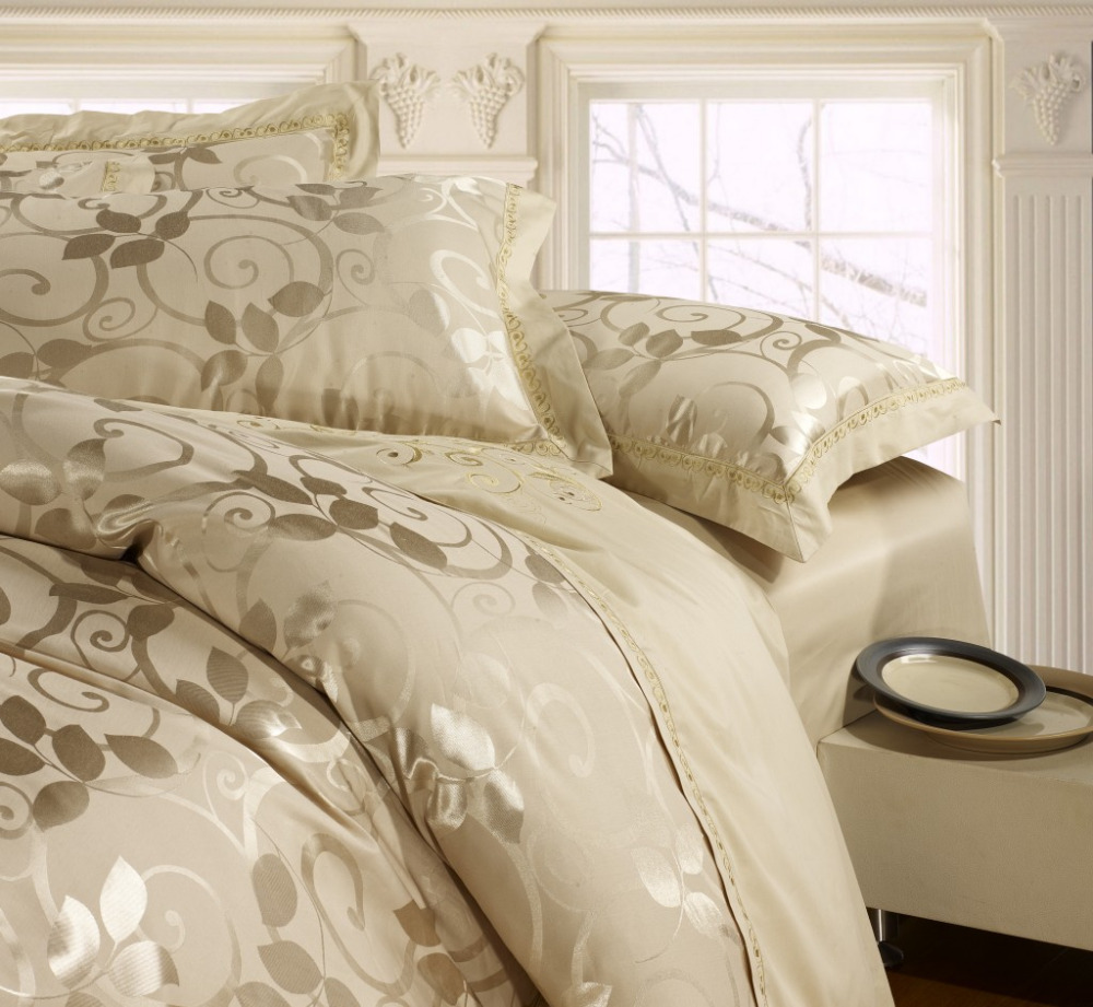 Luxury bedding set Silk 4pcs bedclothes bed linen sets queen king size Quilt/duvet cover set bedsheets cotton bedcover FAST ship(China (Mainland))