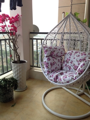 Cheap rattan hanging chair indoor and outdoor balcony swing rocking basket leisure garden(China (Mainland))