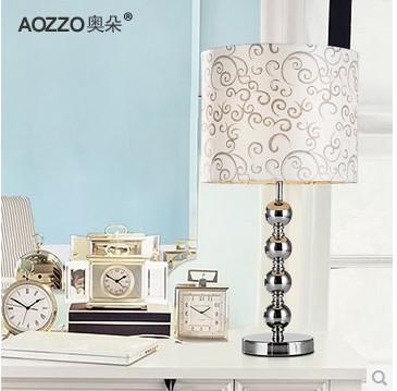 Xi Terai 2015 New Creative Lighting Living Room Modern Fashion Metal Decorative Table Lamp Student Eye Lamp<br><br>Aliexpress