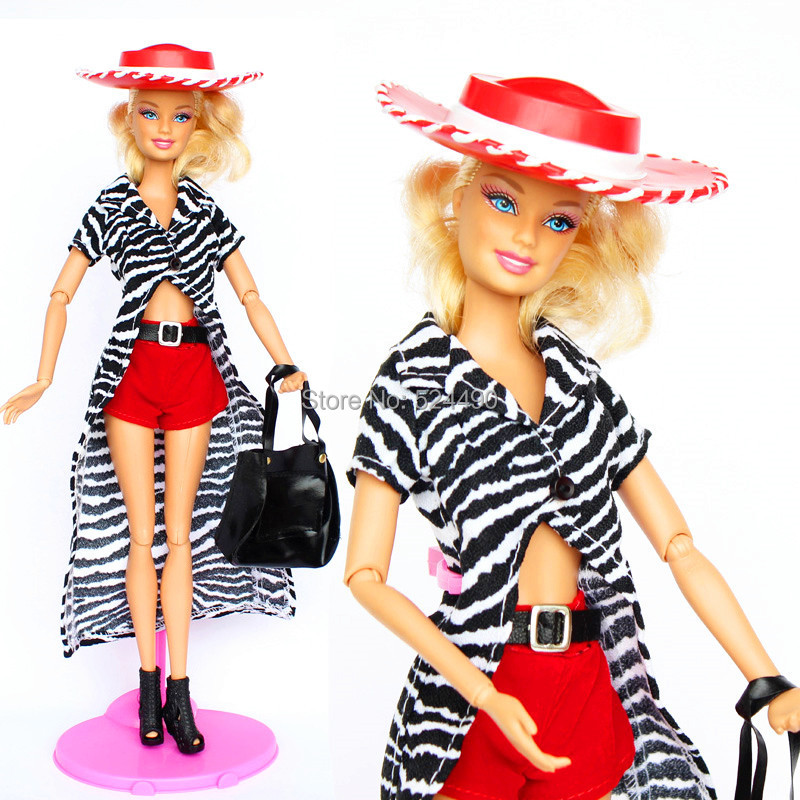 (Mix Delivery)Authentic Cool Go well with Set Stripe Lengthy Cloak Crimson Shorts Hat Bag Sneakers Equipment Garments For Kurhn Barbie Doll