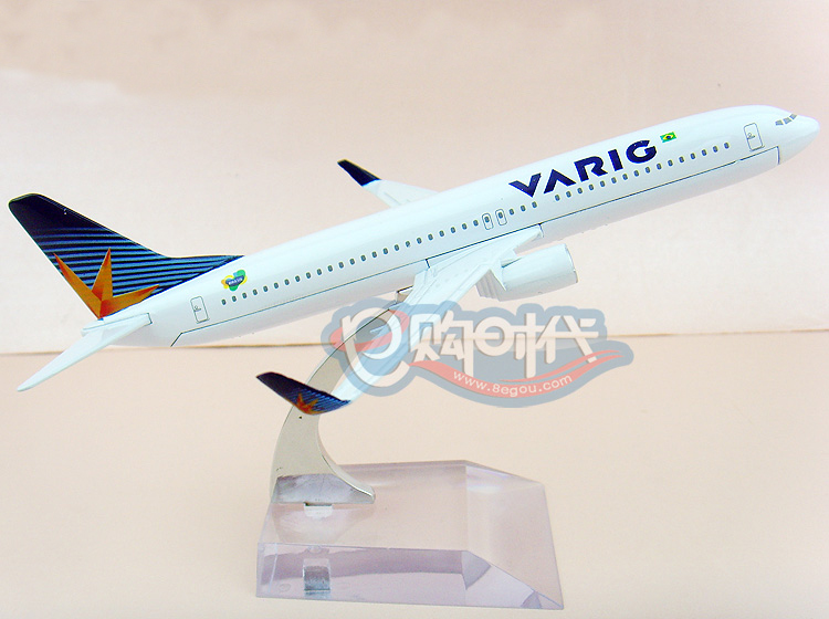 16cm Metal airlines plane model Brazil Airlines VARIG B737-800 aircraft model airplane model for children toys(China (Mainland))