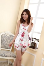 2016 Women Sexy Lingerie Hot Strap Silk Lace Flower Pyjamas Sleepwear Shirts + Shorts Underwear Nightwear Set(China (Mainland))