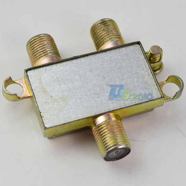 High Quality1-WAY in Port To 2-WAY Cable TV Splitter Digital Satellite Coaxial Out Connector(China (Mainland))