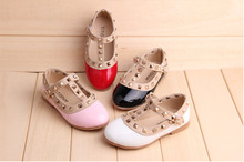 2016 New Girls Kids Baby Bebe Children Rivet Buckle T-Strap Princess Dance Flat Shoes Leather Shoes Hot Girls Dress Shoe Summer(China (Mainland))