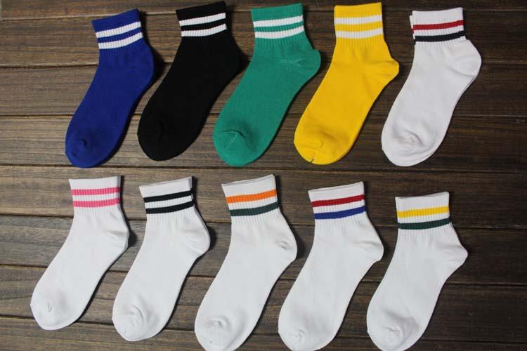 3 prs/lot high quality Men's socks sports socks Women classical socks(China (Mainland))