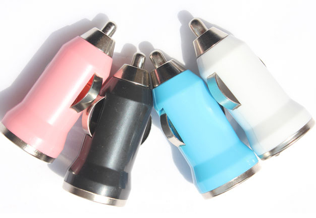 Wholesale Bullet Head Mini USB Car Chargers Colored ABS Cigarette Lighter Automotive Charger DC 12V-24V 200Pcs/Lot Free Shipping(China (Mainland))