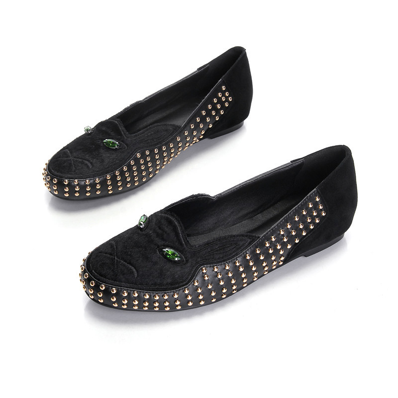 Supper Popular New Item Women Leather Shoe Bestrew Handmade Rivet Punk Luxury Diamond Cool Green Eye Horsehair Low Cut Flat Shoe