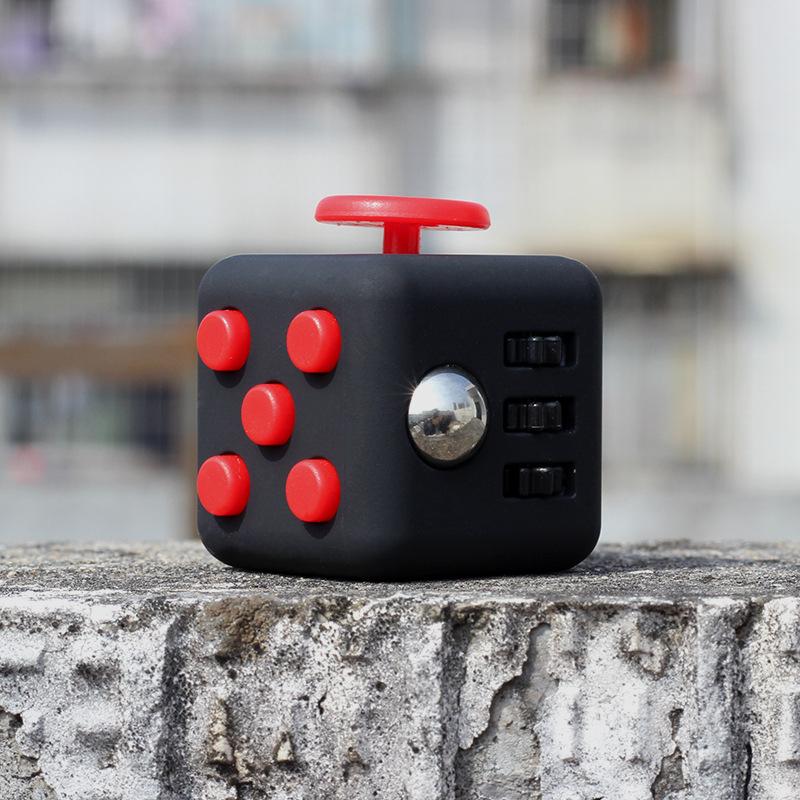 Stress Reliever Fidget Cube Desk Finger Toy Stress Cube Squeeze Fun Stress Reliever Fidge Toy Click Glide Flip Spin Breathe Roll
