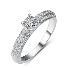2016 New arrival hot sell Valentines Gift big shiny zircon stone 925 sterling silver female finger wedding rings(China (Mainland))