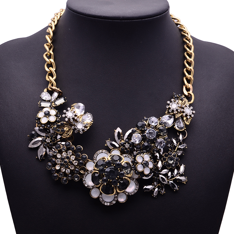 XG202 New Arrival 2015 Vintage Necklaces &amp; Pendants Long Black Crystal Statement Necklace Gold Chain Flower Jewelry For Women<br><br>Aliexpress