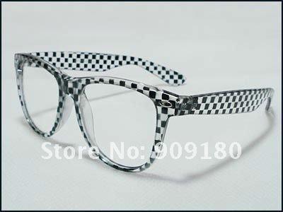 Designer Fashion Plain Clear Lenses Black Glasses Men's Women's Retro Vintage EyeGlasses Frames New Free Shipping Wholesale 193