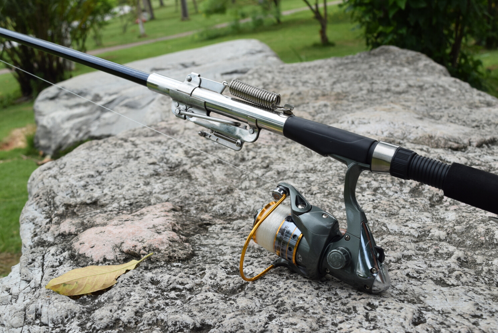 Automatic fishing rod sea river or lake water fish for Automatic fishing rod