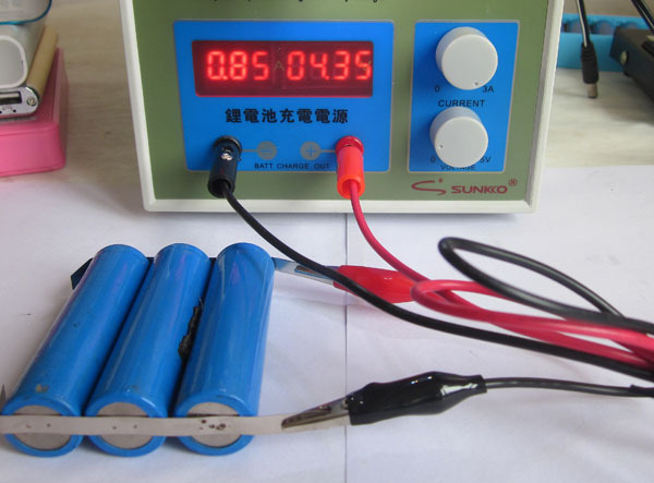 4pc POWER 787A+ MCU Spot Welder Battery Welder Applicable Notebook and Phone Battery Precision Welding Pedal