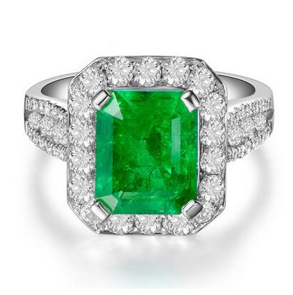Fine Emerald ring natural colored gemstones inlaid precious diamond jewelry for women<br><br>Aliexpress