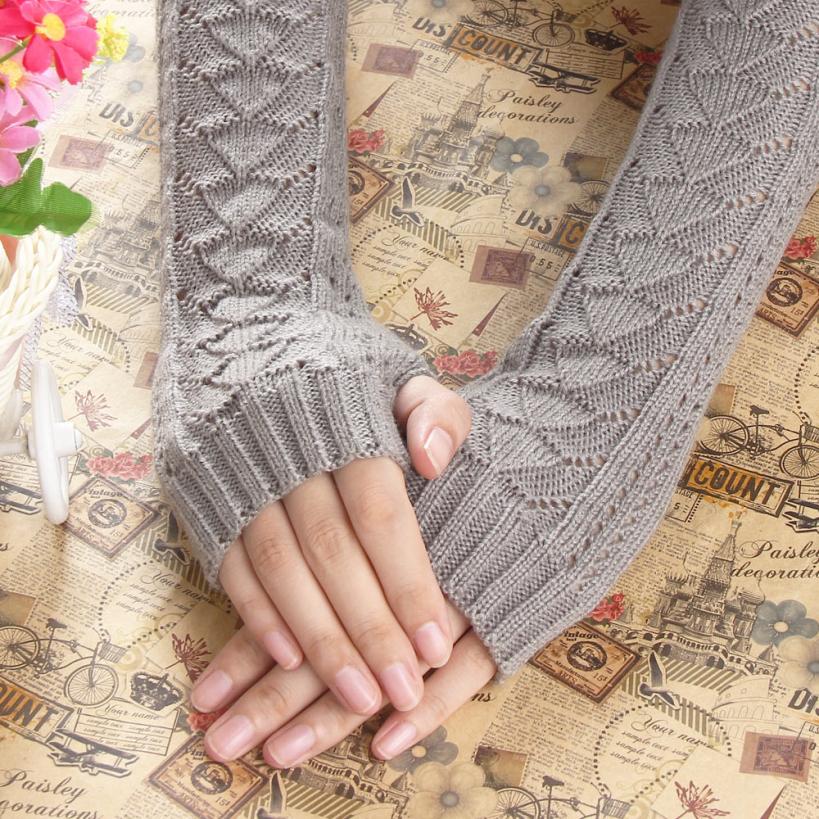 Pletené palcové rukavice k loktům bez prstů