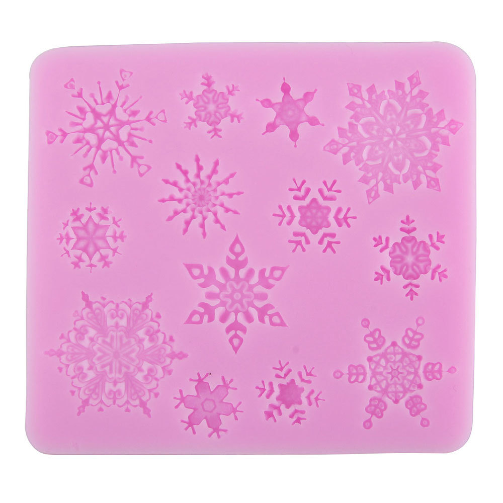 Snowflake Shape Christmas Party Silicone Cake Molds Decoration Fondant Baking Mold - Random Color(China (Mainland))