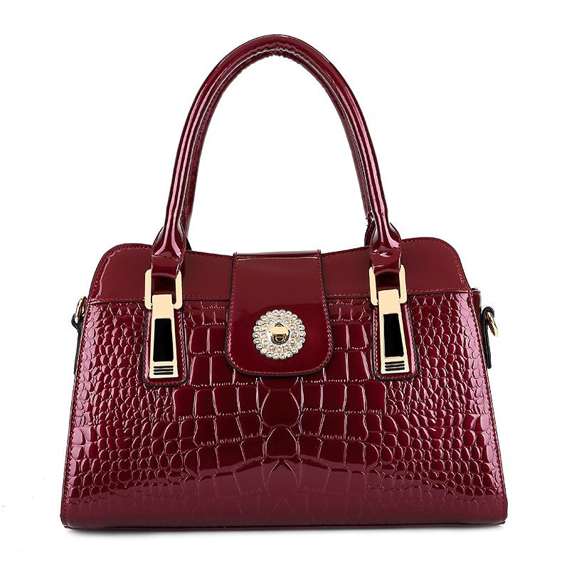 Crocodile bag Russia style women shoulder bag women handbag crossbody Bags Genuine patent leather tote women messenger bag(China (Mainland))