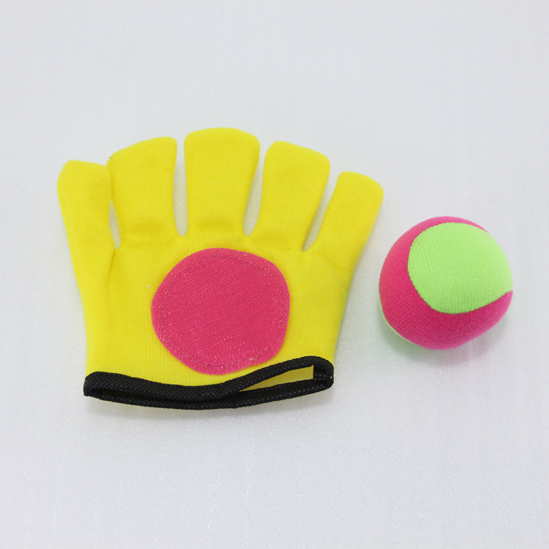 1Y47294 glove:125*140cm ball:6cm Children's Outdoor Sports toys palm sticky target ball gloves sticky ball Fun games For kids(China (Mainland))
