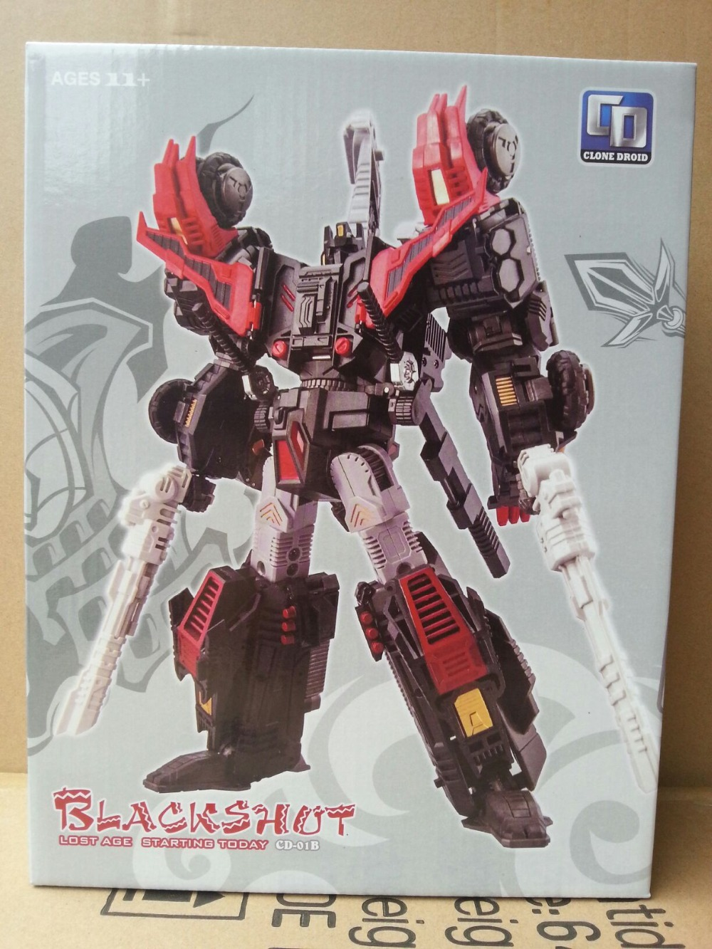 TF Clone Droid Black Sixshot Limited Version,In stock!(China (Mainland))