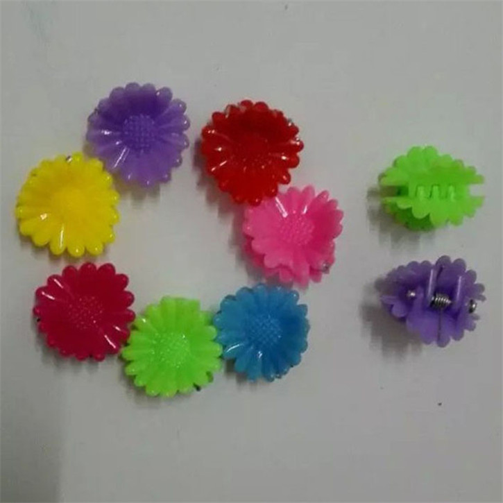 New mini cute BB unique children baby girls plastic hair claws sunflower child clips hairpins barrettes accessories(China (Mainland))