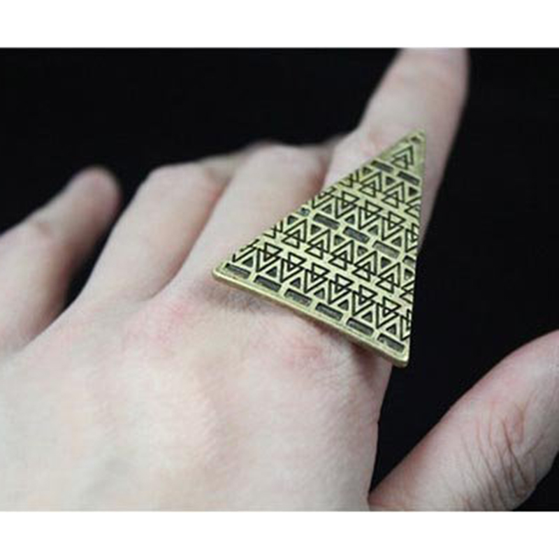 2016 Newest Fashion Exaggerated Personality Adjustable Size Rings Love Magic Triangle Opening Ring R118 R438(China (Mainland))
