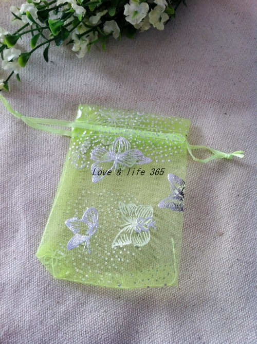 Free ShippingWholesale 100pcs/lot 7*9cm Little Green Organza Gift Bags Butterfly Pattern Drawstring bags Jewelry Gift Pouches(China (Mainland))
