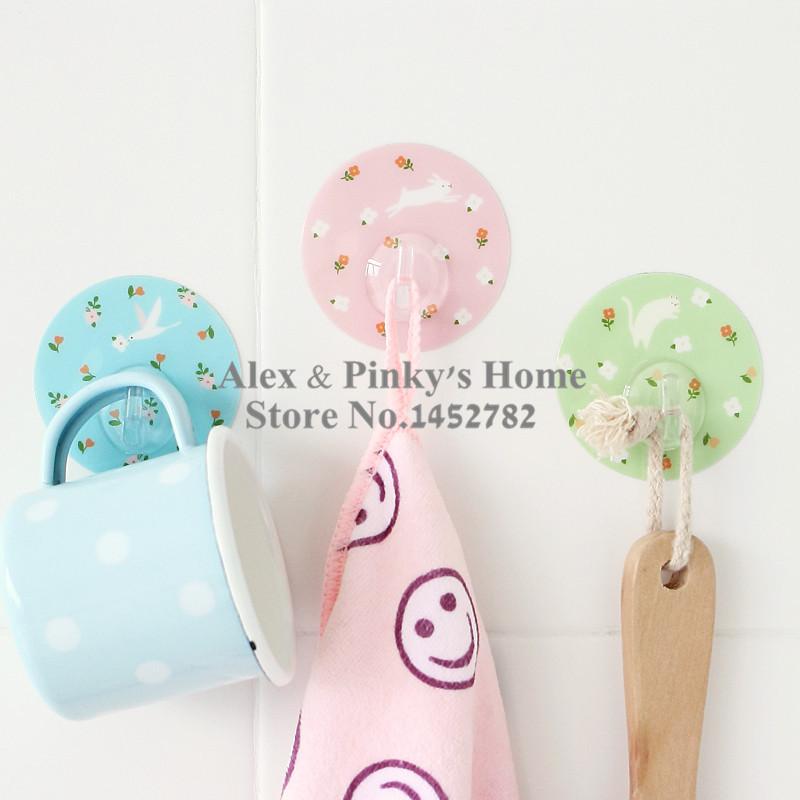 3pcs/Set Creative Seamless Nails Cartoon Sticky Hooks Door Hanger Toilet Hanger(China (Mainland))