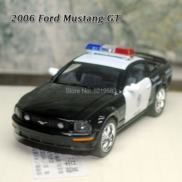 Very Cool Brand New 1/38 Scale Diecast Car Model Toys Police Edition 2006 Ford Mustang GT Metal Pull Back Car Toy For Kids/Gift(China (Mainland))