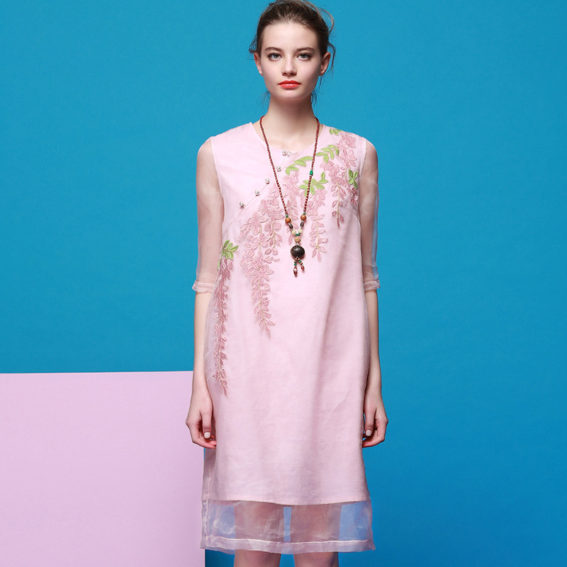 2016 the and new spring and summer dress embroidered slim dress fashion beaded dress female 8043Одежда и ак�е��уары<br><br><br>Aliexpress