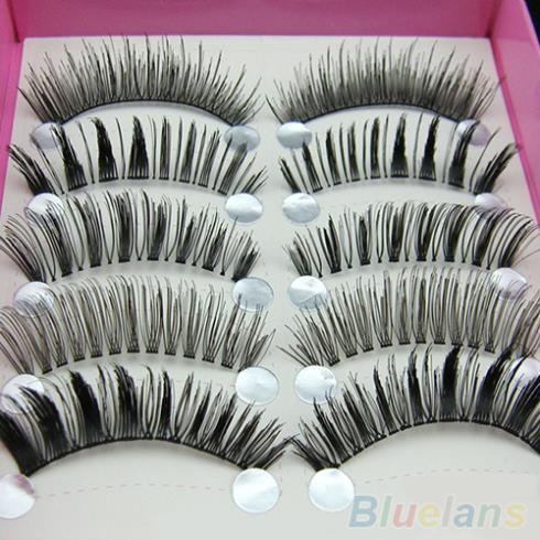 how to keep your eyelashes curled in humidity