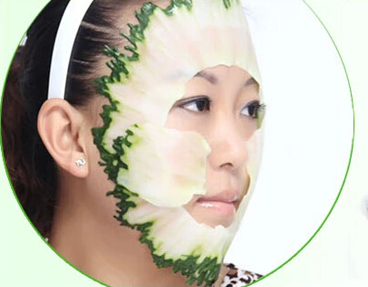 How to give a cumber facial