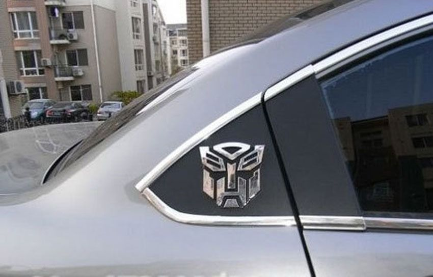 Random color Car stickers Transformers Autobot Optimus Prime Optional Car stickers car flag character identification paper(China (Mainland))
