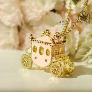 New Design fashion vintage sweet Princess Pumpkin Car pendant Necklace. Rhinestone Pink Car statement Necklace For Women Jewelry(China (Mainland))