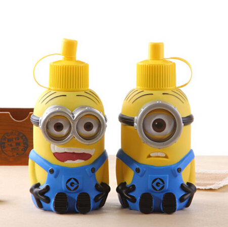 2016 New Despicable Me 600ml Cartoon Thermos Bottle Mug Stainless Steel Vacuum Cup Christmas Gift Free shipping(China (Mainland))