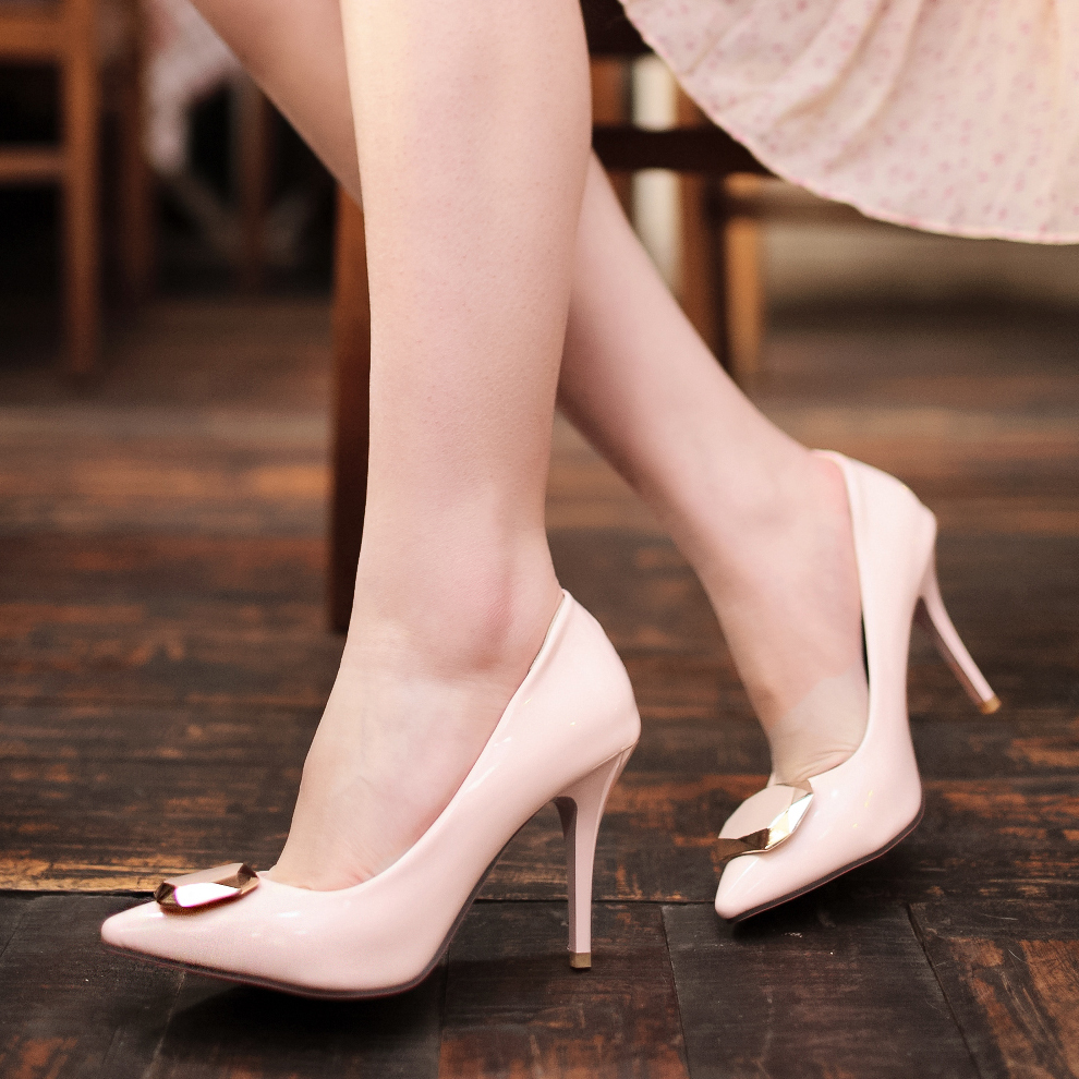 Big Size 32-43 fashion women pumps sexy Thin Heels Solid PU leather shoes elegant Pointed Toe party high heels FSS-D-5