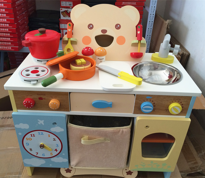Baby toys cartoon bear kitchen set wooden toys japan for Kitchen set for babies