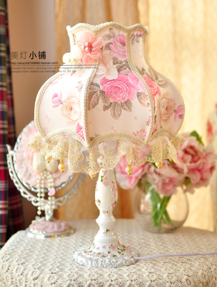 Здесь можно купить  Free Shipping Fabric table lamp table lamp bedroom bedside lamp princess lace table lamp idyllic table lamp decorated gift  Свет и освещение