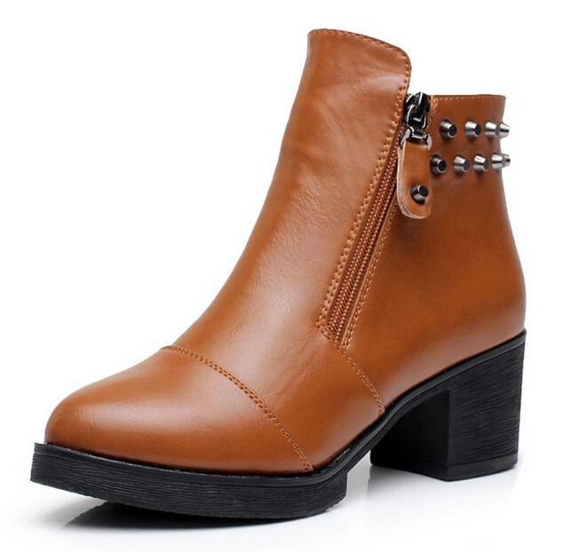 New 2015 fashion high-heeled boots Square heel women's shoes black+red+brown winter motorcycle rivet thick heel martin boots
