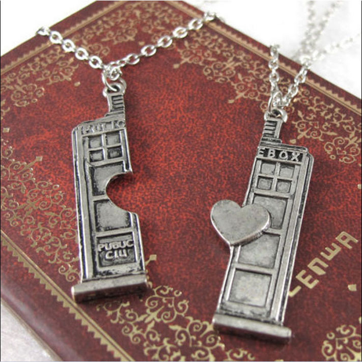 New BBC Television Doctor Who Tardis Police Box Couple Pendant Chain Necklace Women Girls Friendship Gifts Accessories 2 Pcs\set(China (Mainland))
