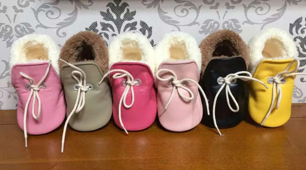 wholesale 20 lot colors genuine leather baby moccasins winter fur lace up shoes toddler prewalker soft sole first walker bulk<br>