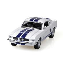 Kinsmart Mustang Shelby GT500 1967 Белый 1/38 сплава модели модель автомобиля назад вытяните назад автомобиль детские игрушки автомобиля Дети игрушка