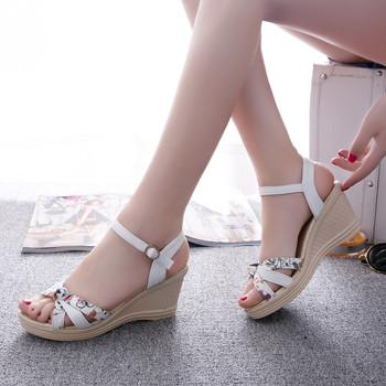 2016 New Style Women Sandals Rome Flower Casual Women Flat Platform Sandals Buckle Cutouts Wedges Sandals G97 35