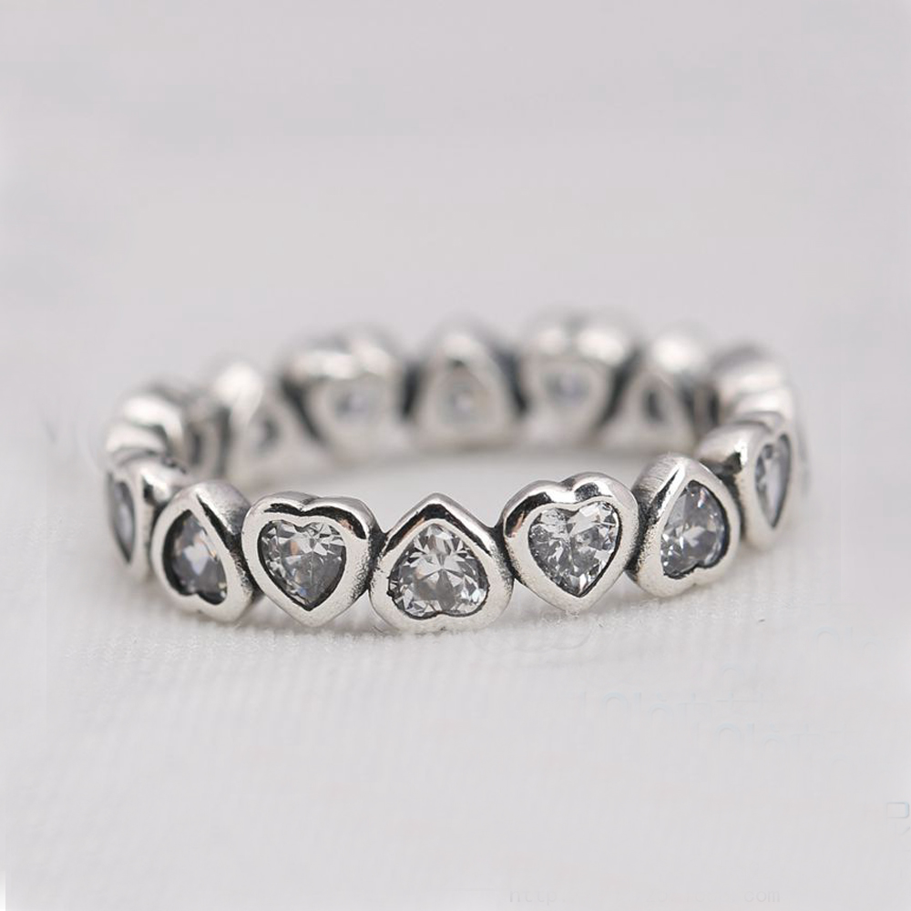 S925 Sterling Silver Sparkling Heart Stacking Band Ring 54 FREE Shipping and A Gift Box Authentic Silver Love Heart Forever Ring(China (Mainland))