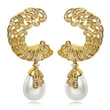 Brand Popular Classic Design Moon Shape Luxury Women Pearl Earrings AAA Quality Cubic Setting Zircon 18K Gold & Platinum Plated(China (Mainland))